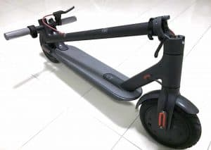 xiaomi-m365-scooter-folded